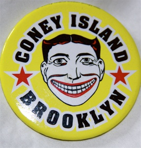 coney island Magnet with Tillie Face [yellow]